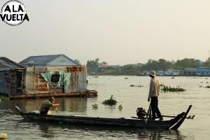 Atravesando la frontera de Vietnam y Camboya.